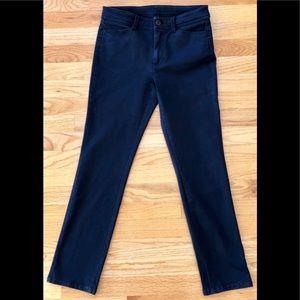 Uniqlo black denim straight jeans short size 26